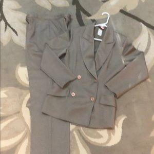 Business Pant suit excellent condition